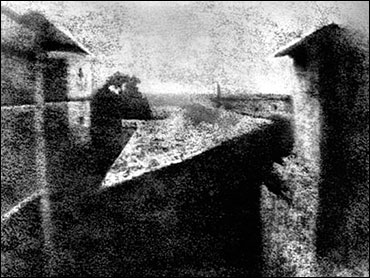First photograph by Nic&eacute;phore Ni&eacute;pce, 1827