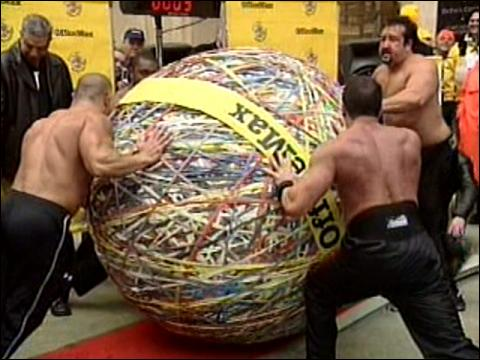 Rubber Band Ball Sets Record