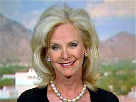 Cindy McCain Helps Kids Smile