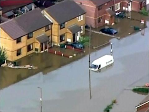 3 Dead In U.K. Floods