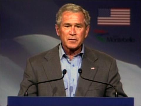 Bush Applauds Free Trade