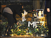 Meredith Kercher murder.Staff and students at the University of Leeds lay flowers to remember murdered student Meredith Kercher, Wednesday November 7, 2007. 