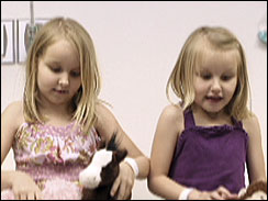 Girl, 7, gets heart; sister waits for one