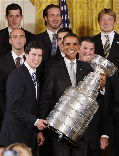Pres. Obama, Sidney Crosby, and the Stanley Cup